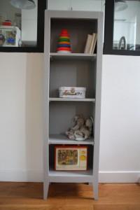 étagère bibliothèque en bois pieds compas mobilier vintage Rouge Garden