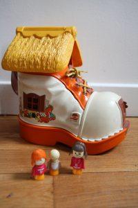 ancien jouet vintage chaussure Matchbox 1977 Rouge Garden