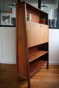 ancien secrétaire en bois années 50 mobilier vintage Rouge Garden