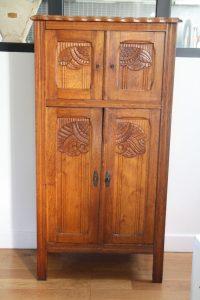 ancienne-petite-armoire-annees-20-art-deco-rouge-garden4