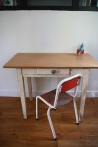 bureau années 50 enfant mobilier vintage Rouge Garden