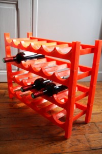 casier bouteilles orange vintage Rouge garden