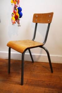 chaise école vintage Rouge Garden