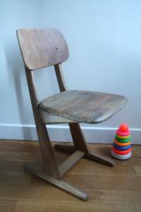 chaise casala bois années 50 60 mobilier enfants vintage Rouge Garden