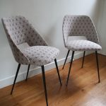 chaise-cocktail-annees-50-60-retapissee-pieds-compas-metal-rouge-garden2