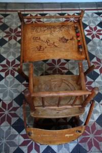 chaise haute enfant bureau gravures Rouge Garden