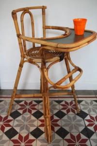 chaise haute en rotin ancienne années 50 mobilier vintage Rouge Garden