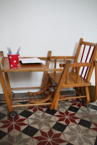 chaise haute enfant Rouge Garden
