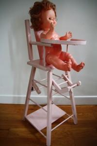 chaise haute poupée jouet vintage Rouge Garden