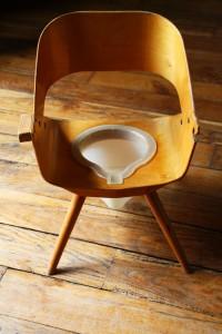 chaise pot scandinave années 50 Rouge Garden
