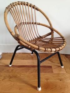 chaise rotin osier corbeille Rouge Garden