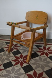 chaise pot bébé 1950 Rouge Garden
