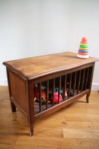 coffre à jouets mobilier vintage années 50 60 Rouge Garden