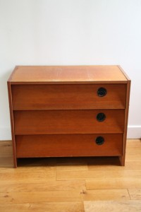 commode en bois années 50 60 mobilier vintage Rouge Garden
