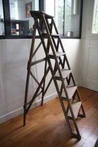 scabeau échelle en bois de peintre années 50 mobilier vintage Rouge Garden