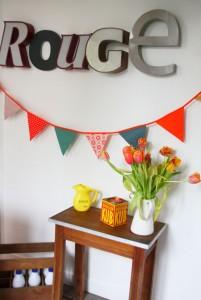 guirlande de fanions vintage Rouge Garden