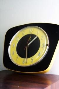 horloge Formica Jaz Rouge Garden
