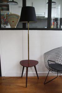 lampadaire table tripode années 50 60 vintage Rouge Garden