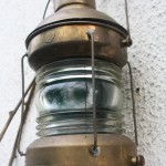lampe à pétrole ancienne Rouge Garden