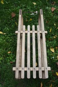 luge en bois ancienne Rouge Garden