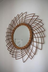 miroir soleil rotin osier années 60 Rouge Garden