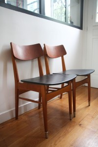 paire de chaises scandinaves années 50 mobilier vintage Rouge Garden
