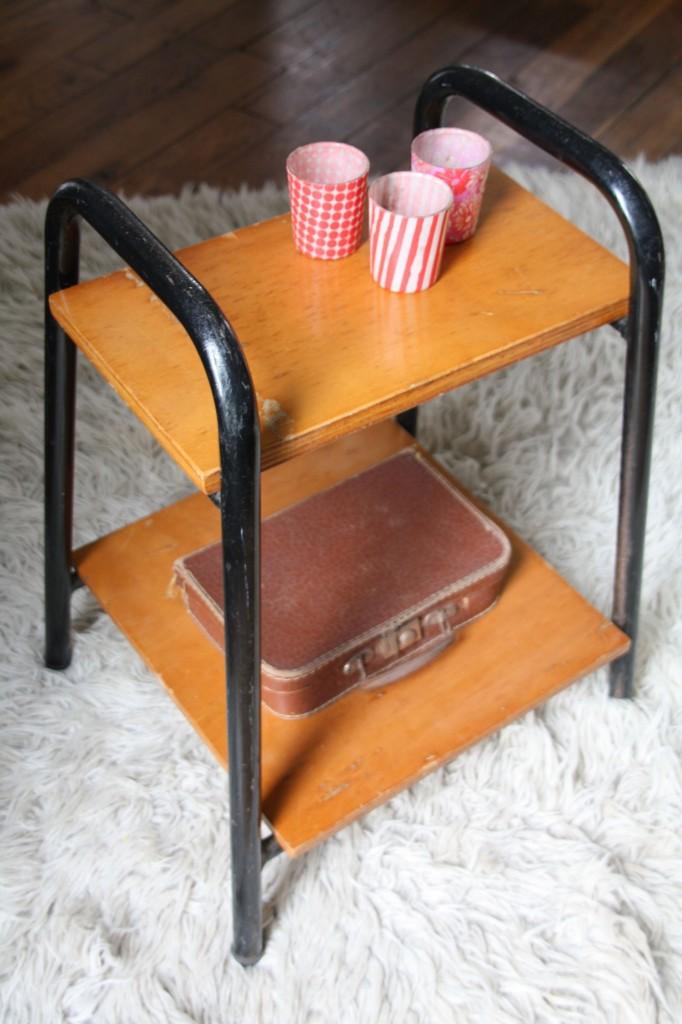 petite table années 1960 vintage Rouge Garden