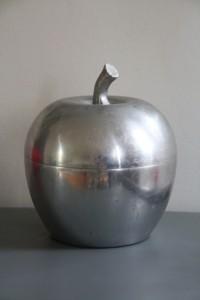 pomme glacon métal vintage Rouge Garden