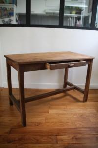 table en bois de ferme années 50 mobilier vintage Rouge Garden
