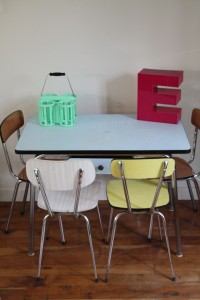 table et chaises Formica vintage années 1960 1970 Rouge Garden