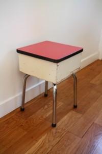 tabouret cirage formica mobilier vintage Rouge Garden