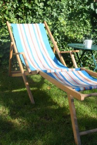 transat chaise longue vintage Rouge Garden