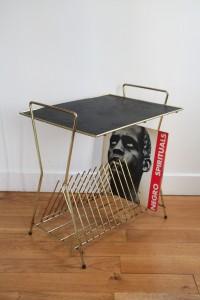 table porte vinyles années 50 60 mobilier vintage Rouge Garden